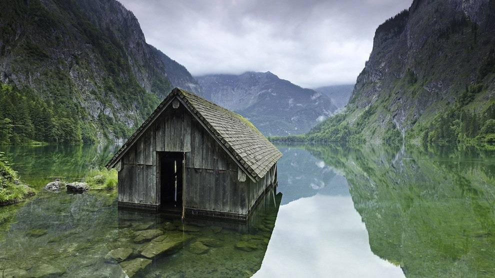 Delightful 43. Fishing Hut On A Lake In Germany
