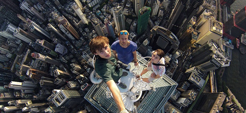 The 30 Most Extreme Free Climbing Selfies Ever