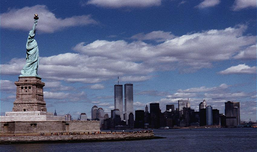Manhattan skyline with the Statue Of Liberty. 1989.