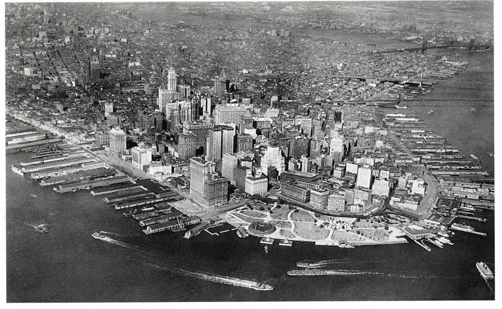 Aerial view of lower Manhattan (1924)