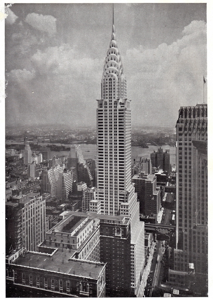 the Chrysler Building had an ace up it's sleeve and with the installation of its famous needle took the crown as king of skyscrapers.