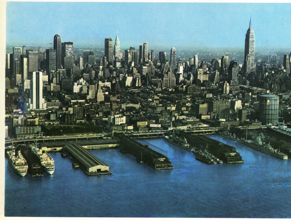 Aerial view of Midtown Manhattan looking east from Hudson River. October 1965.